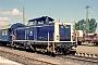 """MaK 1000134 - DB """"212 004-6"""" 26.05.1990 Hildesheim,Bahnbetriebswerk [D] Ernst Lauer"""